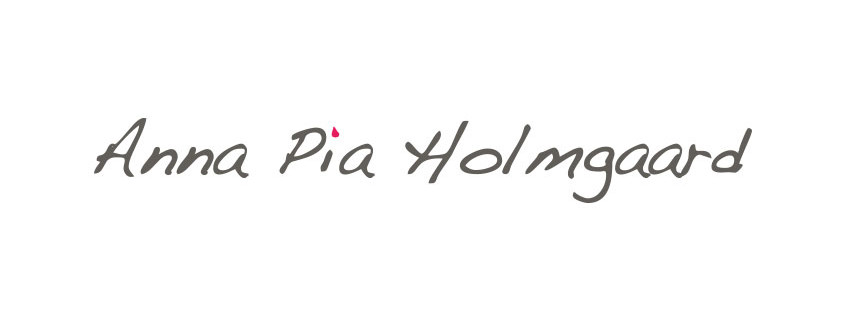 Logodesign til Anna Pia Holmgaard ved Courage Design