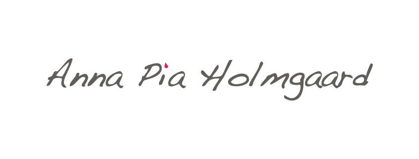 Logodesign til Anna Pia Holmgaard ved Courage Design